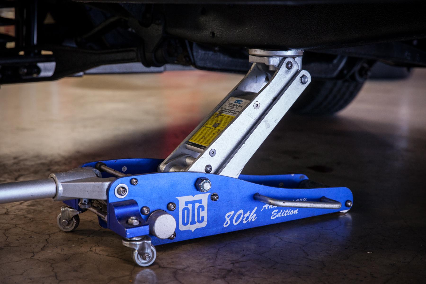 Otc Motorcycle Lift : Otc floor jacks matttroy